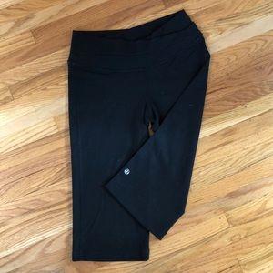 Lululemon Black Astro Crop Luon Size 6